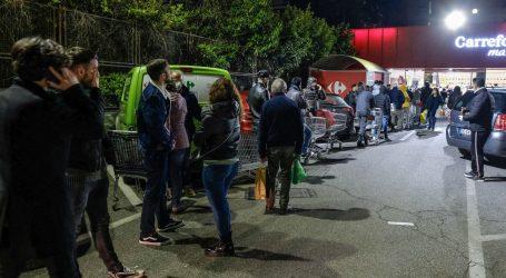 PANIKA U ITALIJI: Ljudi cijelu noć čekali u redovima za trgovinu