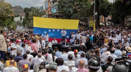 VENEZUELA Policija kod parlamenta zaustavila skup predvođen Guaidom