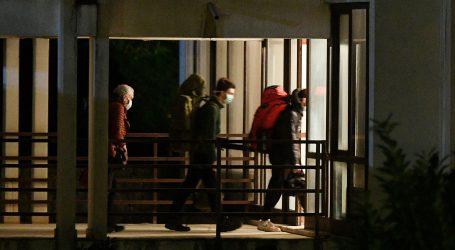 Split: Putnici s Marka Pola pristižu u karantenu