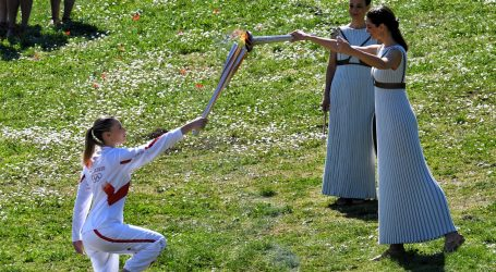 U Ateni zapaljena olimpijska baklja, a ne zna se hoće li uopće biti Igara