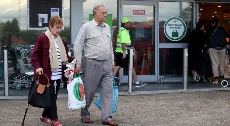 Australija u doba koronavirusa: Sat vremena kupovine samo za građane starije dobi