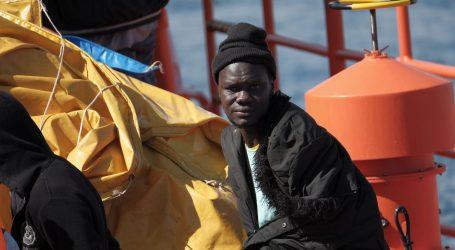 MOZAMBIK: U spremniku kamiona pronađena tijela 64 migranta, s njima 14 živih