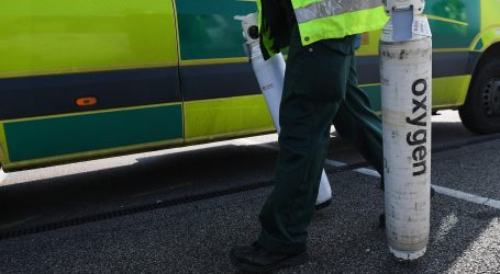 """Britanska vlada poručila građanima da se moraju pripremiti za """"dugo razdoblje karantene"""""""
