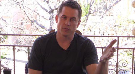 Jason Hall će režirati film o hrvaču Anthonyu Roblesu