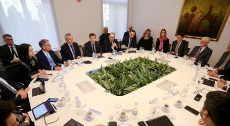 """Ministri s poduzetnicima i bankarima: """"Na prvom mjestu je zdravlje, pa radna mjesta i poslovno očuvanje"""""""
