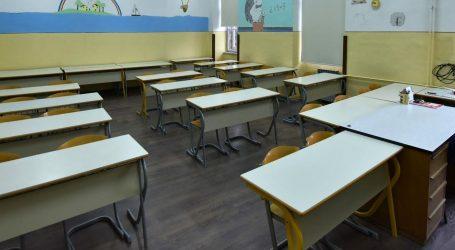 OGLASILO SE MINISTARSTVO: Stigle detaljne upute za školarce i roditelje
