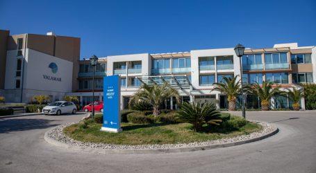 Hotelijeri s otkazima rezervacija, Valamar zatvara četiri hotela