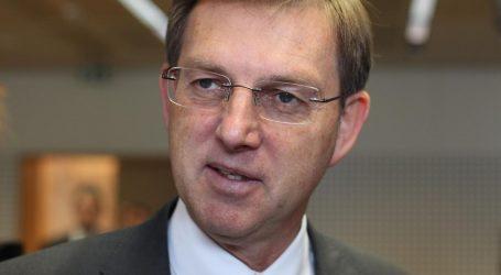 SLOVENIJA: Cerar istupio iz stranke koju je osnovao, protivi se koaliciji s Janšom