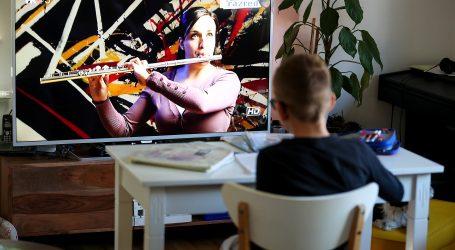 KULTURA ONLINE: Predstave, poezija, filmovi, izložbe pomažu da kod kuće ne bude dosadno
