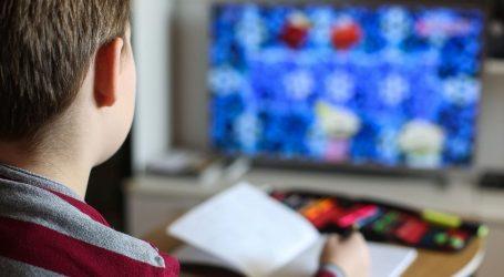 OBJAVLJENE PREPORUKE MINISTARSTVA: Neki učenici imaju više posla i zadataka od drugih