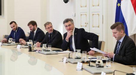 """Plenković: """"Idućih dana kreću ograničenja rada trgovina, obustave rada kafića…"""""""