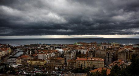 Zbog olujne bure crveno upozorenje za Istru i Kvarner