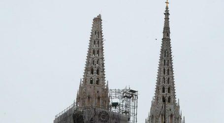 FOTO: Dva snažna potresa zatresla jutros  Zagreb, ljudi na ulicama, odlomio se vrh katedrale