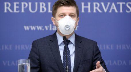 """PORUKE S DRUŠTVENIH MREŽA: """"Nije pristojno da ministar koristi certificiranu masku dok iste nemaju u zdravstvenim ustanovama"""""""