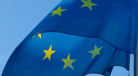 EU u srijedu u podne zatvara vanjske granice