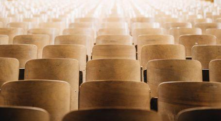 Fakultet političkih znanosti uvodi online predavanja