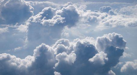 Oblačno, na Jadranu ponegdje kiša, a u gorju susnježica i snijeg