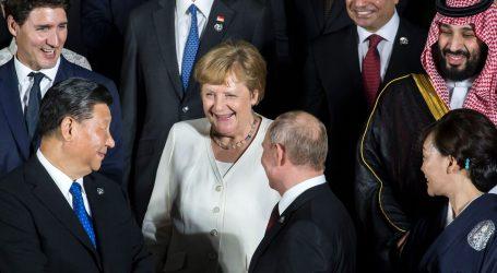 Kina odgovorila Merkel: Bili smo transparentni u vezi covida-19