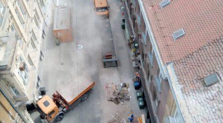 """Juričan: """"Bandić mrdnuo guzicom i objavio kontakt za odvoz šute"""""""