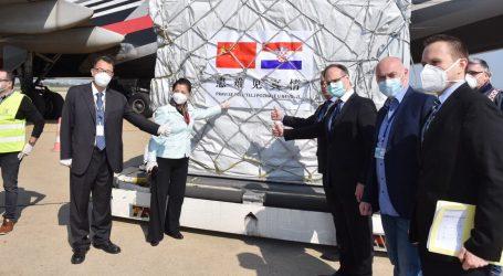 Iz Šangaja u Zagreb stiglo 60 tona zaštitne opreme