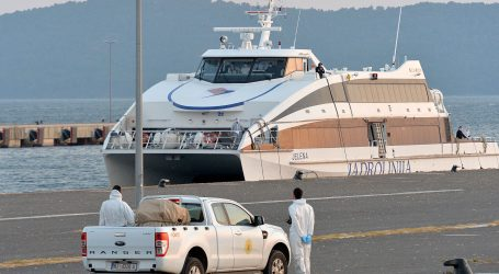 Iz Italije u Zadar stigao katamaran s 36 hrvatskih državljana
