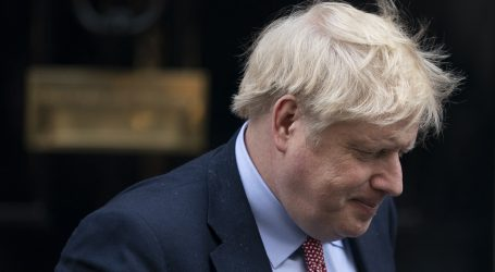 Britanski premijer primljen u bolnicu zbog zaraze koronavirusom