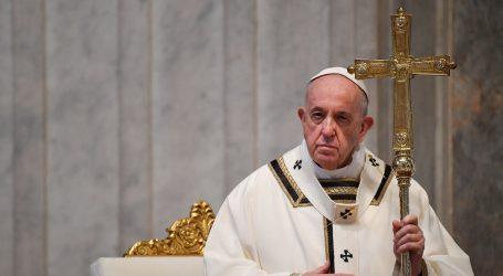 Papa na Uskrs misli uputio svim bolesnima i umrlima od koronavirusa