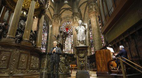 Bocelli za Uskrs zapjevao u praznom milanskom Duomu