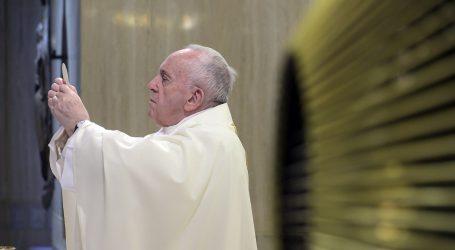 Papa Franjo zahvalio medijima na njihovu radu