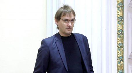 """VUČETIĆ U SABORU: """"Nacionalisti su glupi i obične budale"""""""