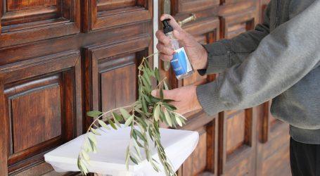 Splitski župnik priznao da je pozvao vjernike na misu