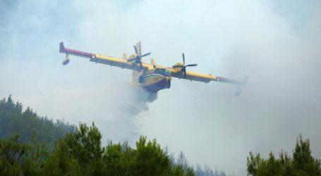 Na Dinari izgorjelo oko 2000 hektara trave i niskog raslinja