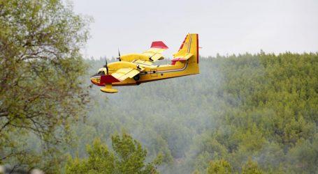 Zračne snage MORH-a gase požar kod Zagvozda