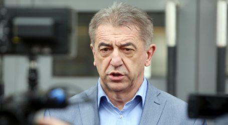 """Milinović u Udbini: """"Zaraženima treba dati podršku, ne stigmatizirati"""""""