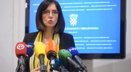 Ministrica Divjak predstavila Upute za vrednovanje i ocjenjivanje u nastavi na daljinu