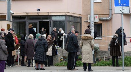 Hrvatska udruga banaka moli umirovljenike da ne dolaze u poslovnice podizati mirovine