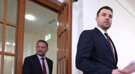 Bernardićev plan za izbore: Plenkovića će optužiti da želi besramno profitirati na epidemiji koronavirusa