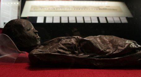 SKRIVENO BLAGO U ARHEOLOŠKOM MUZEJU Otkrivene tajne pete zagrebačke mumije