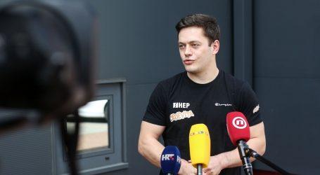 Tin Srbić jedva dočekao trening u dvorani