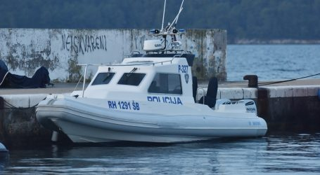 Zadar: Dvojica Čeha u dobi od 80 i 74 godine isplovila kod Vira i nestala