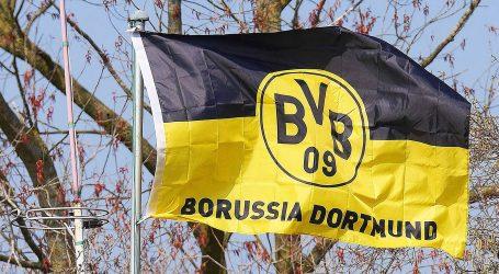 Borussia Dortmund nudi povećanje plaće Jadonu Sanchu