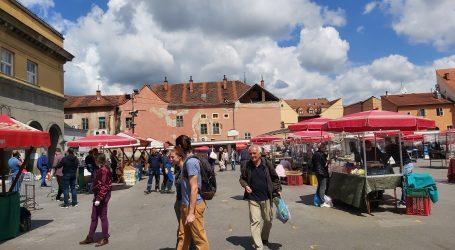 Video: Zagreb: Centar grada prepun ljudi, kupuje se pred neradni dan, sanira se Ilica
