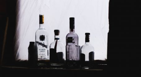 KORONAKRIZA: U Rusiji skočila prodaja votke i viskija