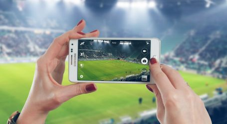 Danci uvode 'drive-in' gledanje nogometnih utakmica