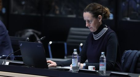 OBULJEN KORŽINEK 'Potres i obnova nisu teme za politizaciju i performanse'