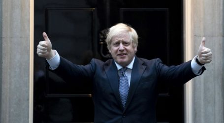 Johnson večeras predstavlja mjere popuštanja za pandemiju
