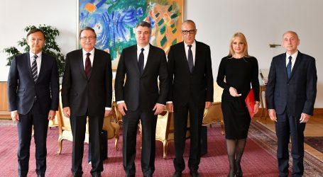 Predsjednik Milanović primio vodstvo HAZU-a, tema razgovora bila obnova Zagreba nakon potresa