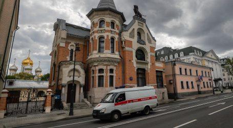 Šesti dan zaredom u Rusiji novih više od 10 tisuća oboljelih od covida-19