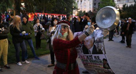 Beograđani prosvjedovali protiv Vučića, on izjavio da ga prosvjed ne brine