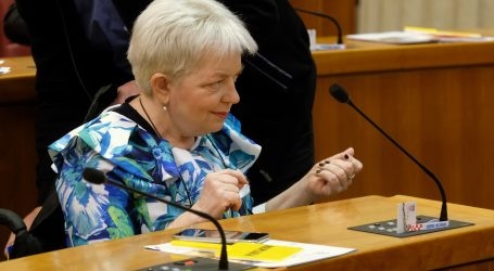 Lukačić: Nije točno da je Vlada uzela novac osobama s invaliditetom